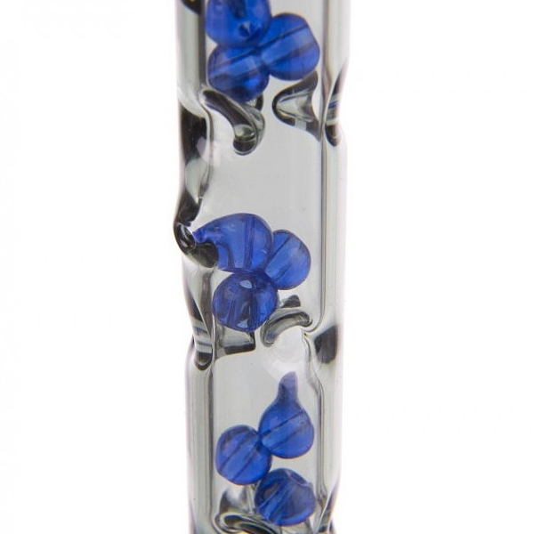Detail shot of DynaVap BB9's blue beads, housed inside Grey glass midsection